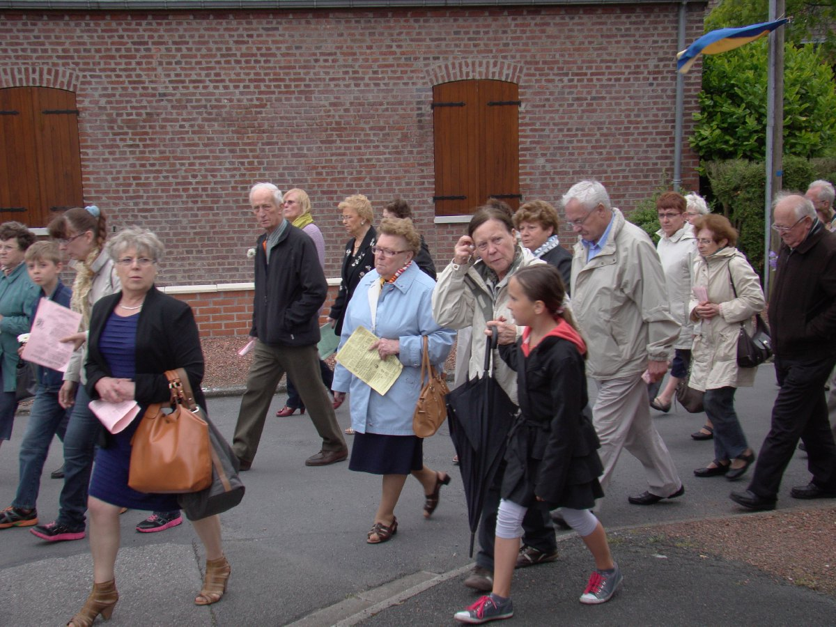 procession_neuvaine_5.JPG