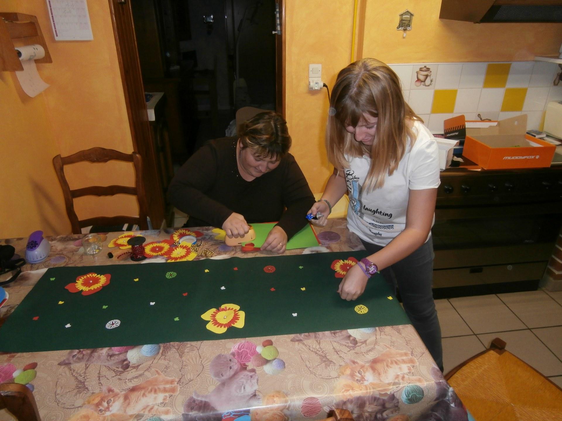 Toute une équipe a participé à la préparation et notamment Rachel et sa maman Christelle, qui ont décoré les tables