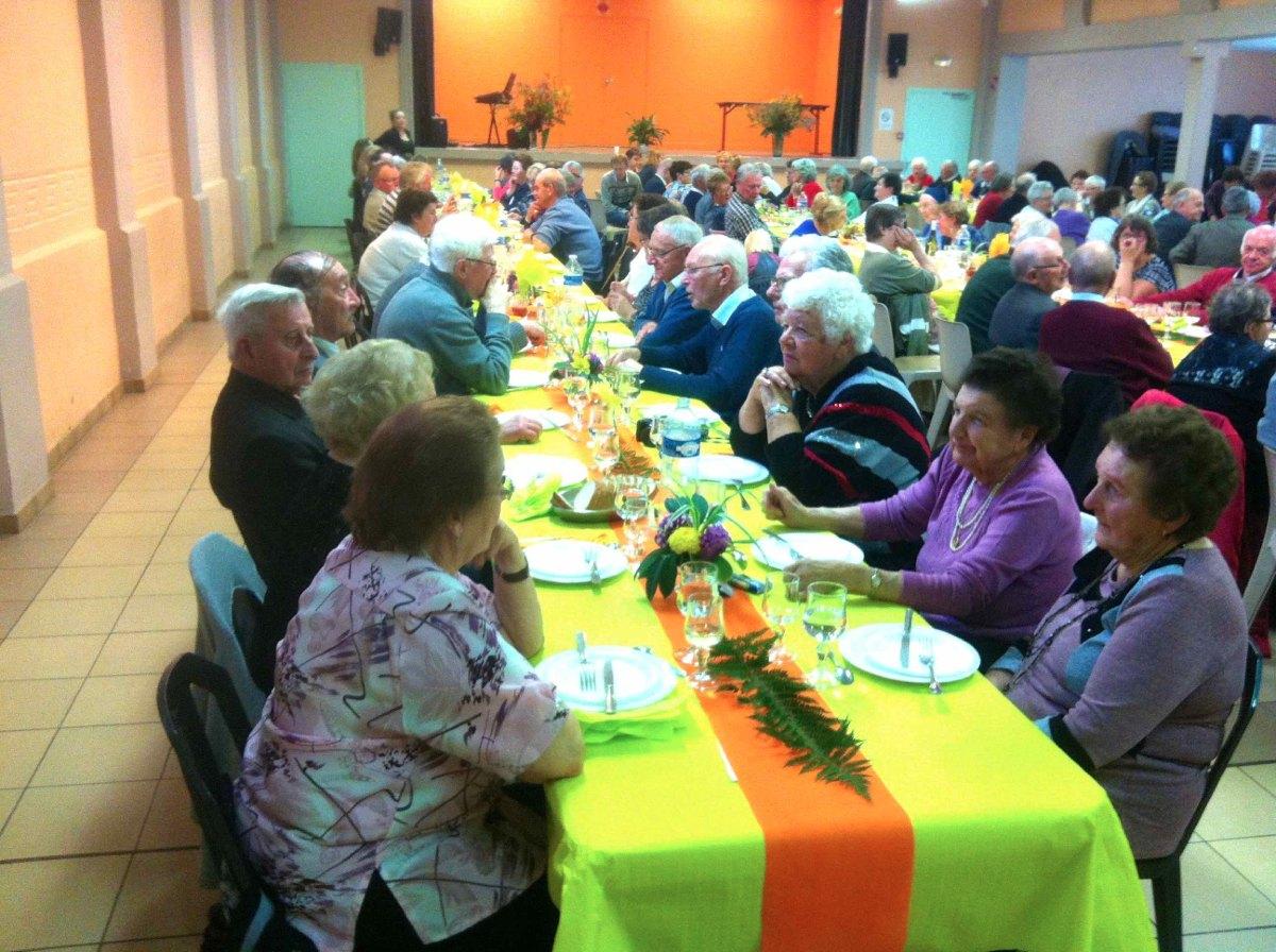 Quelques 130 paroissiens rassemblés ce dimanche 25 Octobre