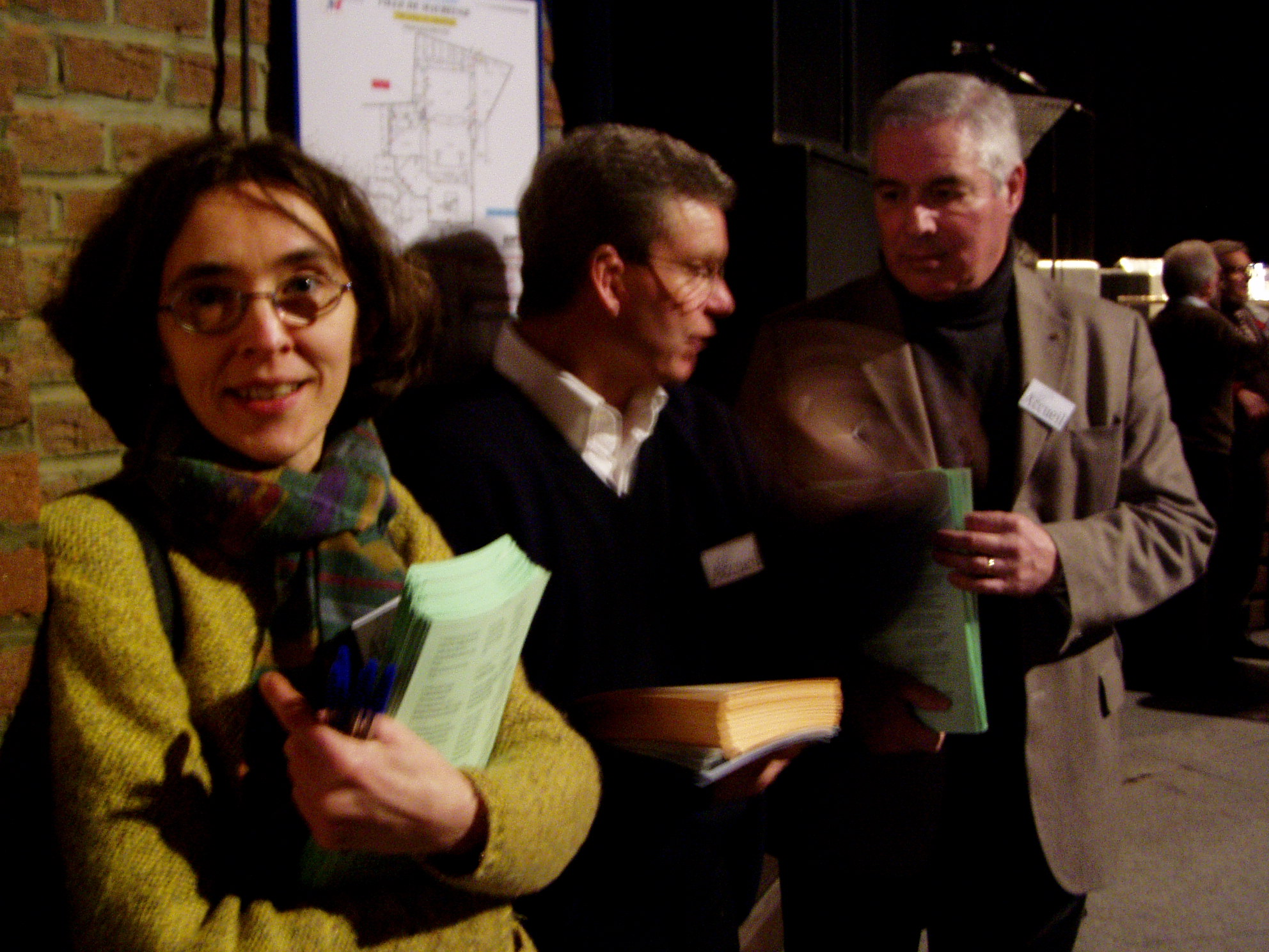 Sophie, Hervé et Hervé de l'EAP accueillent