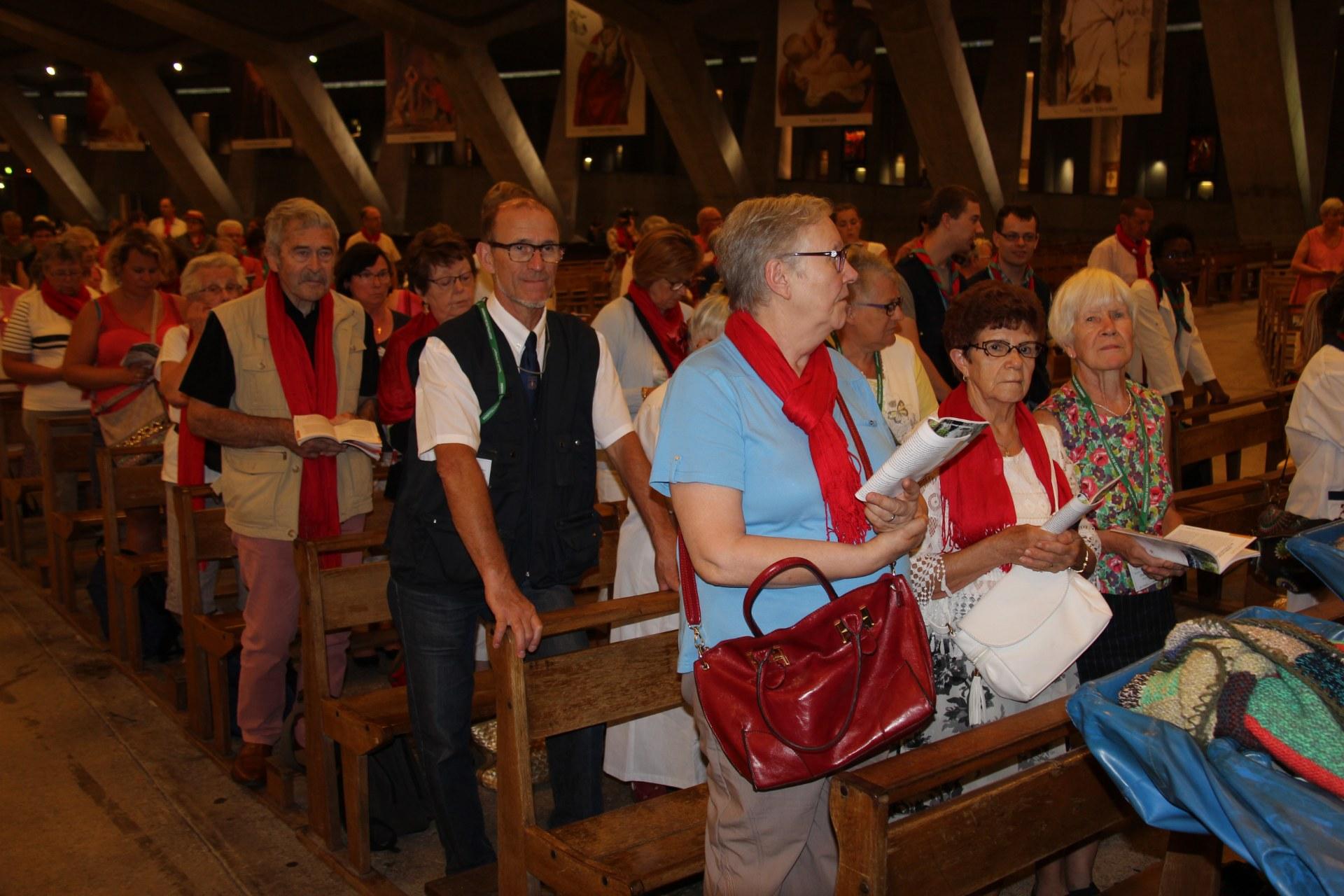 St Christophe à Lourdes 23