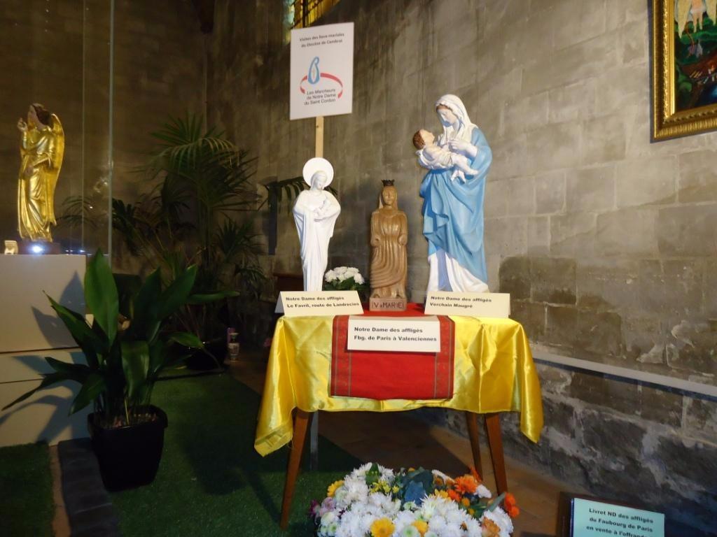 3 statues ND des affliges