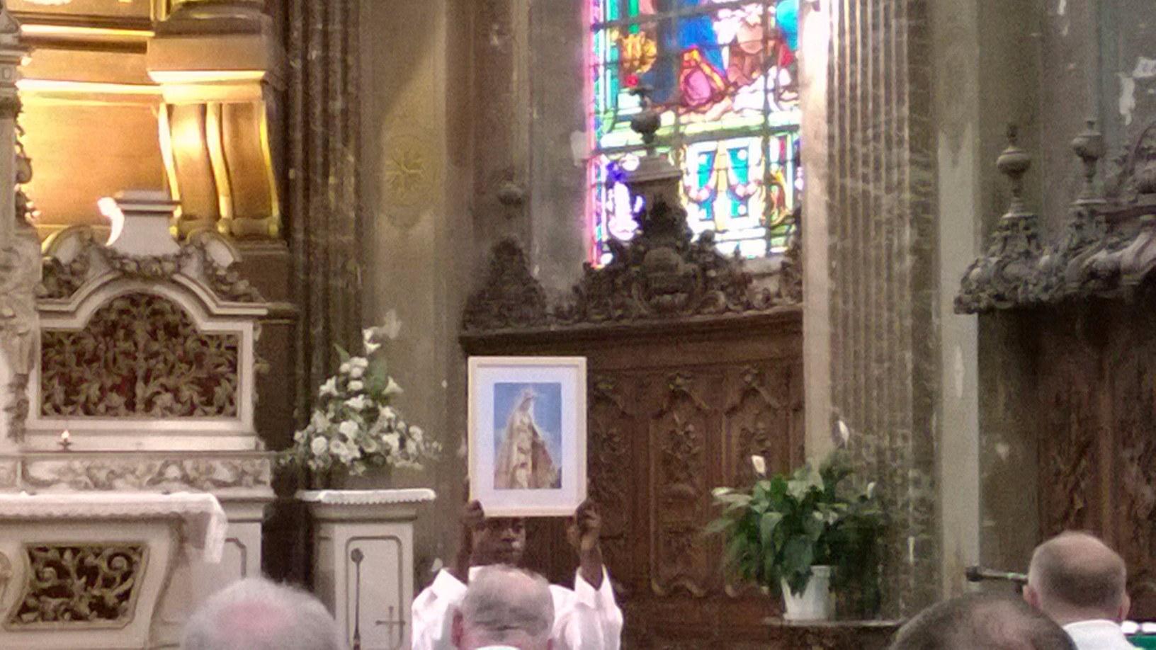 05 La messe :  présentation de Notre-Dame du St Co